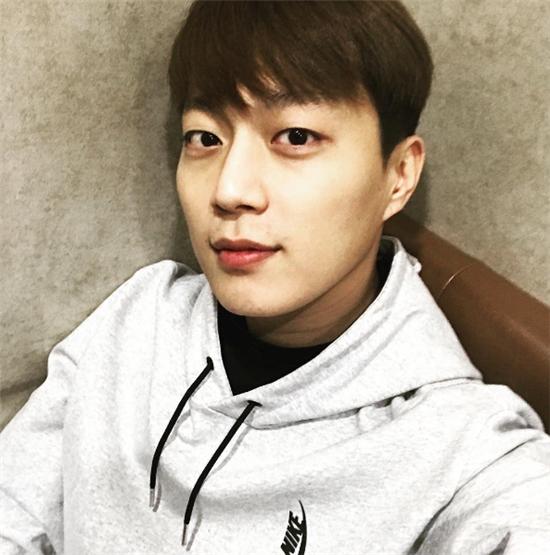 비스트 리더 윤두준 / 사진=윤두준 인스타그램 캡처