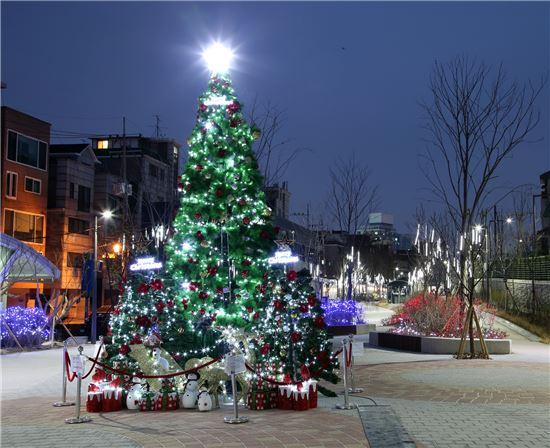 크리스마스 트리. 사진=아시아경제DB