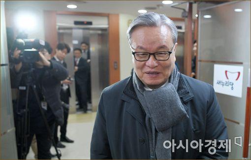 [포토]비공개 회동 소집한 인명진 비대위원장
