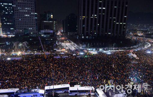 [포토]박근혜 탄핵 촛불, 1000만을 넘다