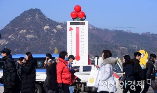 '어금니 아빠' 후폭풍…文 '기부 활성화' 공약 어떻게 되나(종합)