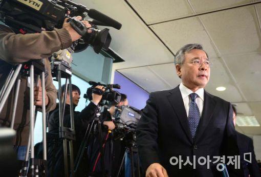 [포토]수사결과 발표 마친 박영수 특검