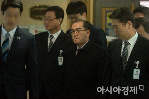 """태영호 """"美 군사행동 전에 김정은에 파멸 경고해야"""""""