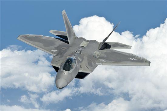 F-22 전투기(사진=위키피디아)