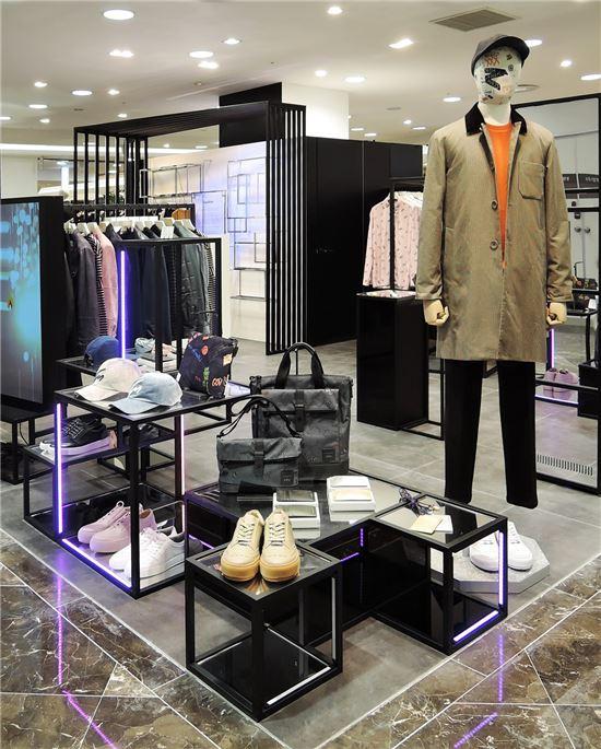 커스텀멜로우, 고객 움직임에 반응하는 패션 공간 오픈