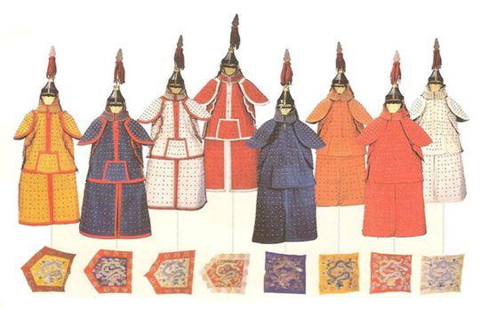 팔기군의 복장과 깃발(사진=위키피디아)