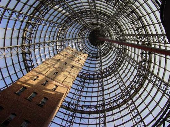 호주 멜베른 센트럴 내부에 위치한 샷타워 모습(사진=위키피디아)