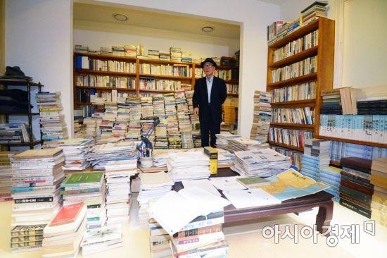 [포토]고은 시인의 서재가 서울도서관으로