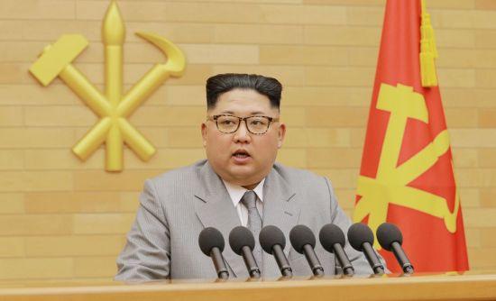 지난해 1월 1일 노동당 중앙위원회 청사에서 신년사를 발표하는 김정은 북한 국무위원장(사진=연합뉴스).