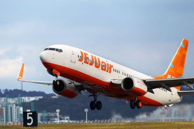 제주항공, B737-800 두번째 구매 항공기 인도