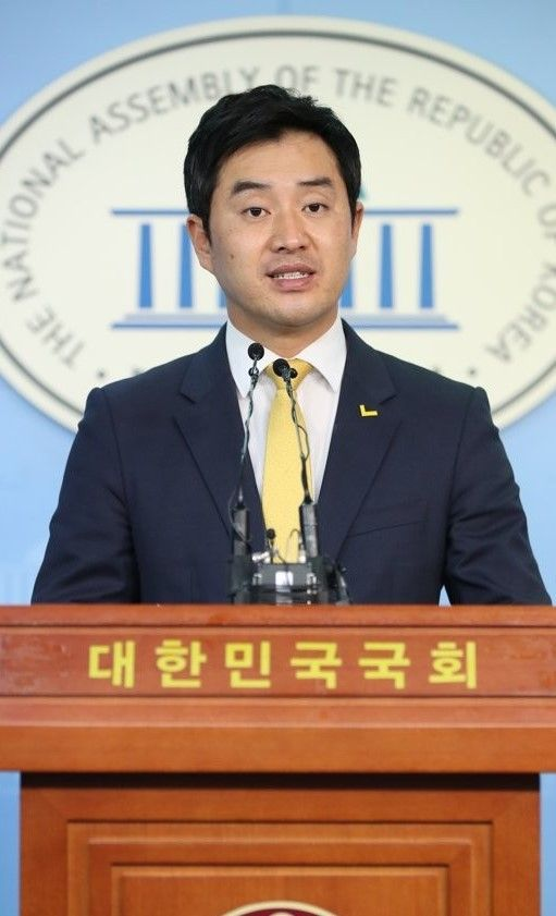 """정의당 """"민주당, 선거제도 개혁 어물쩍거리면 안 돼"""""""