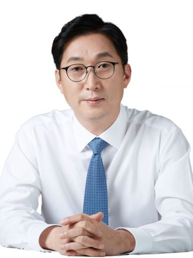 """[인터뷰]이창우 동작구청장 """"소상공인 지원 동작구 경제 활력 불어넣는다"""""""