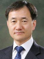 박능후 장관, 집중포화에 '원격의료' 소신 결국 철회