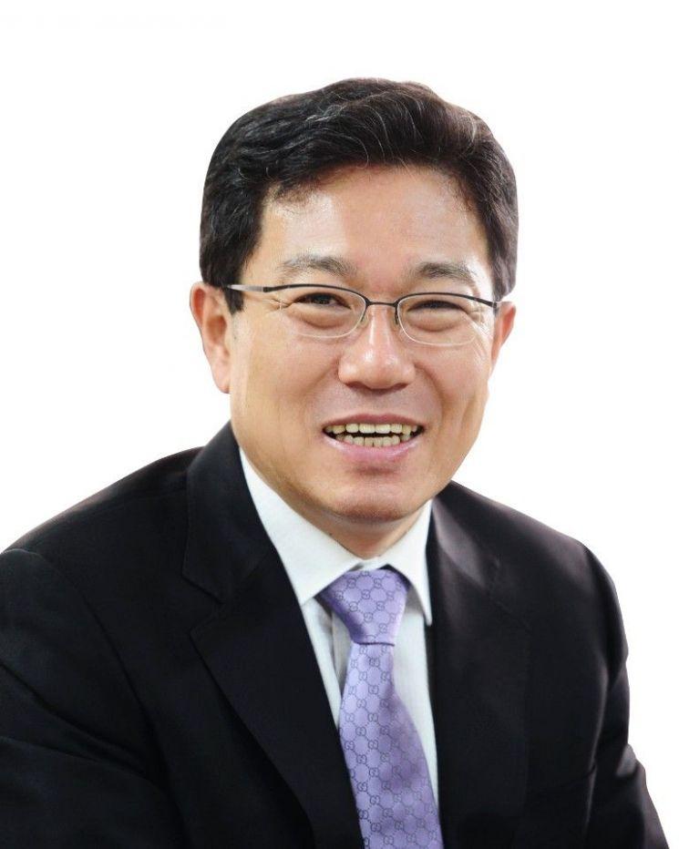 """윤상직 """"KBS만 지상파..중간광고 불허법 발의"""""""