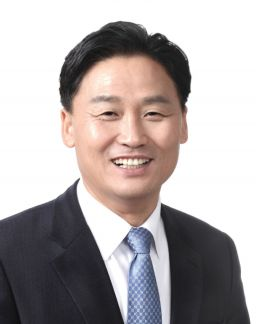 '해외서 돈 펑펑' 작년 해외서 쓴 카드값 23조원