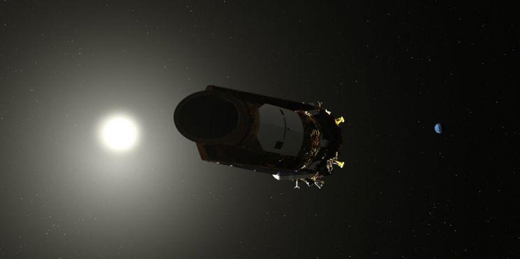 지난달 31일 케플러 우주망원경은 9년반 동안 활약했던 우주를 떠나 안식을 얻었습니다. [사진=NASA]