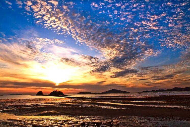 땅끝마을에서 마주한 아름다운 일몰 (관광公 제공)
