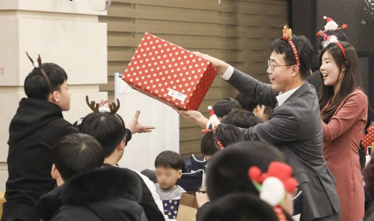 BGF그룹, 공동생활가정 어린이들과 따뜻한 연말