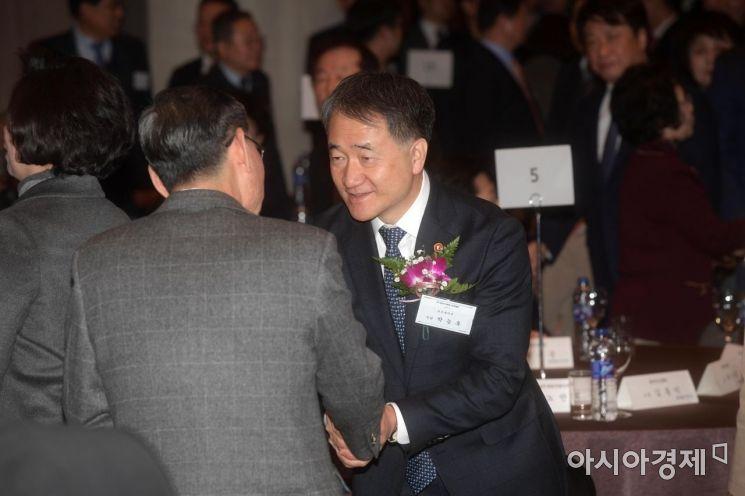 [포토]의료계 신년하례회 찾은 박능후 장관