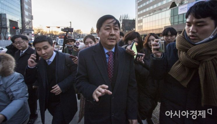[포토]보라매병원 나서는 구윤철 기획재정부 2차관