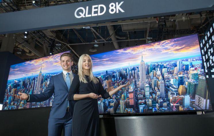 [CES2019]8K TV 글로벌 대전…삼성 선두 수성 작전