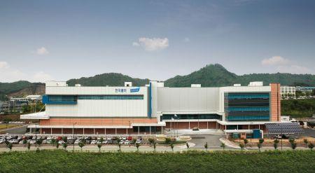한국콜마, 국내 자생식물 '어리연꽃·낙지다리' 활용 노화방지 소재 개발
