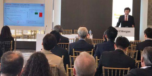 권세창 한미약품 대표가 9일(현지시간) 미국 샌프란시스코에서 열린 JP모건 헬스케어 컨퍼런스에서 올해 R&D 전략과 비전 등을 발표하고 있다.