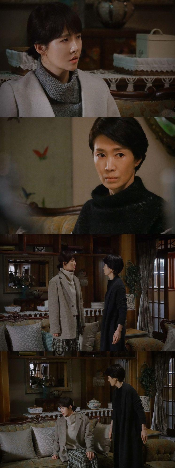 '붉은 달 푸른 해' 배우 김선아와 나영희 / 사진=메가몬스터