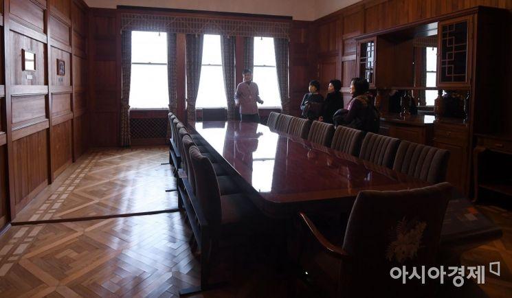 귀빈식당. 1945년 12월2일 임시정부의 공식 만찬이 개최되고, 김구가 서거 했을때 빈소로 사용됐다.