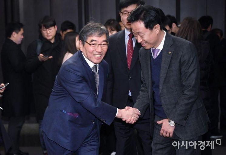 [포토] 윤석헌 금감원장, 여신금융권 CEO간담회 참석
