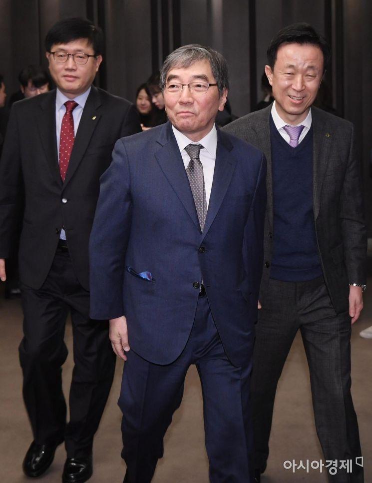 [포토] 여신금융권 신년 간담회 참석하는 윤석헌 금감원장