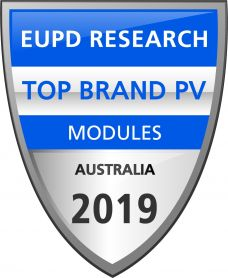 ▲ EuPD Research가 브랜드 인지도 및 관리, 시장 침투력 등을 기준으로 고객조사를 실시해 수여하는 상에 한화큐셀이 유럽에서 6년 연속, 호주에서 4년 연속 '태양광 톱 브랜드'에 선정됐다.