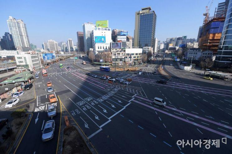 [포토]텅 빈 도로