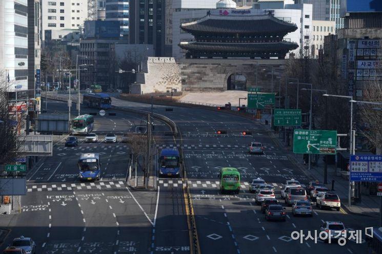 [포토]설 연휴 사흘째, 한산한 도심