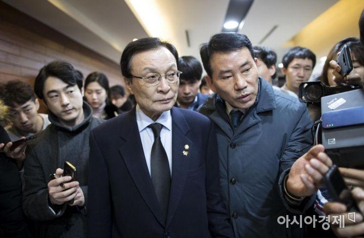 [포토] 고 김용균 빈소 조문 마친 이해찬 대표