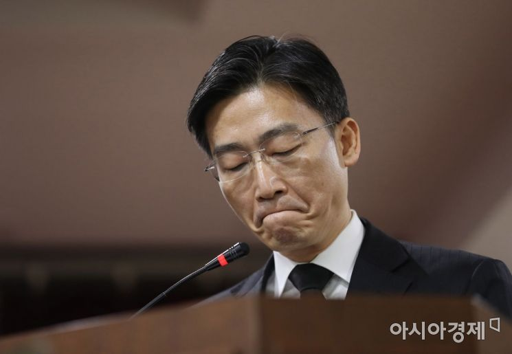 [포토] 작별인사하는 이국종 센터장