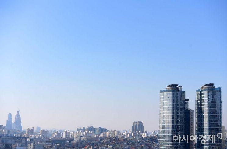 [포토]미세먼지 농도 '보통' 하늘