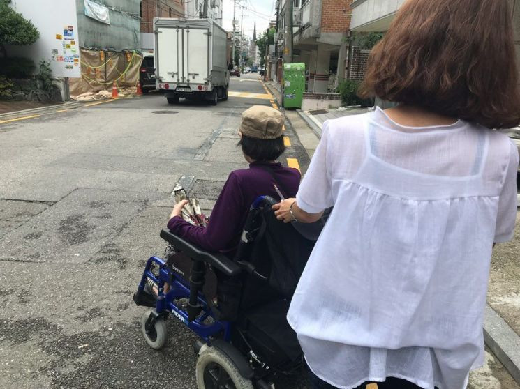 """장애인 1인당 연평균 진료비 479만원…""""전 국민 평균 3배"""""""