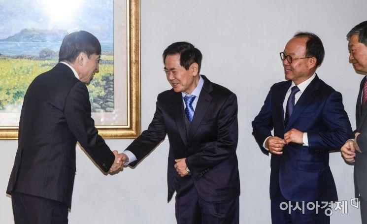[포토] 수출 주력산업 점검 나선 이주열 총재