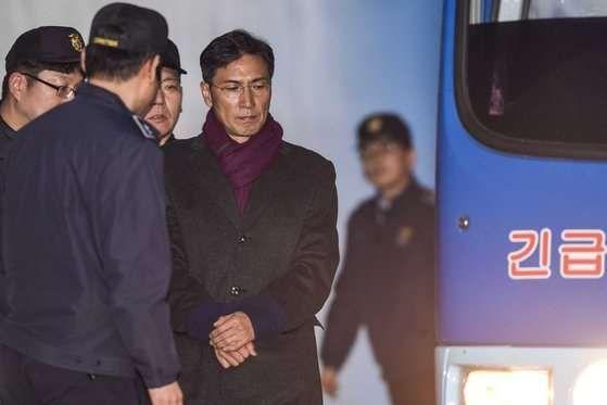 """안희정, 대법원에 상고이유서 제출…""""위력·고의 성립 안돼"""""""