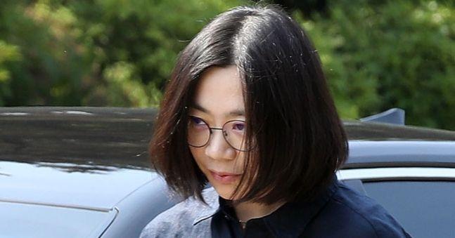 '불법 가사 도우미 고용' 조현아·이명희 9일 첫 공판