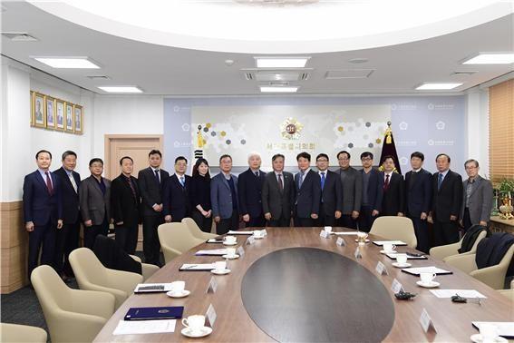 신원철 서울시의회 의장, 민원해소자문위원 위촉