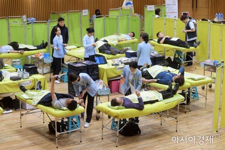 [포토]오늘은 헌혈하는 날