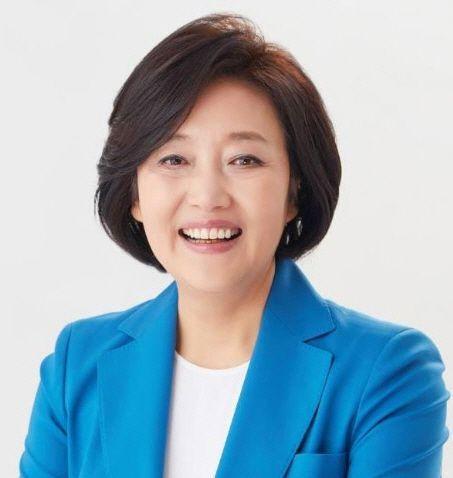 """박영선 후보자 """"중소·소상공인·벤처 위한 버팀목 되겠다"""""""