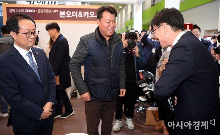 [포토] 가맹업계 찾은 김상조 공정위원장