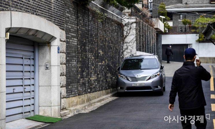 [포토]전두환 전 대통령 자택 앞 경계