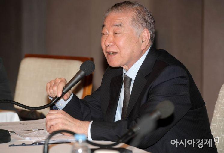 문정인 대통령 통일외교안보특보가 12일 한국프레스센터 20층 국제회의장에서 발언하고 있다.