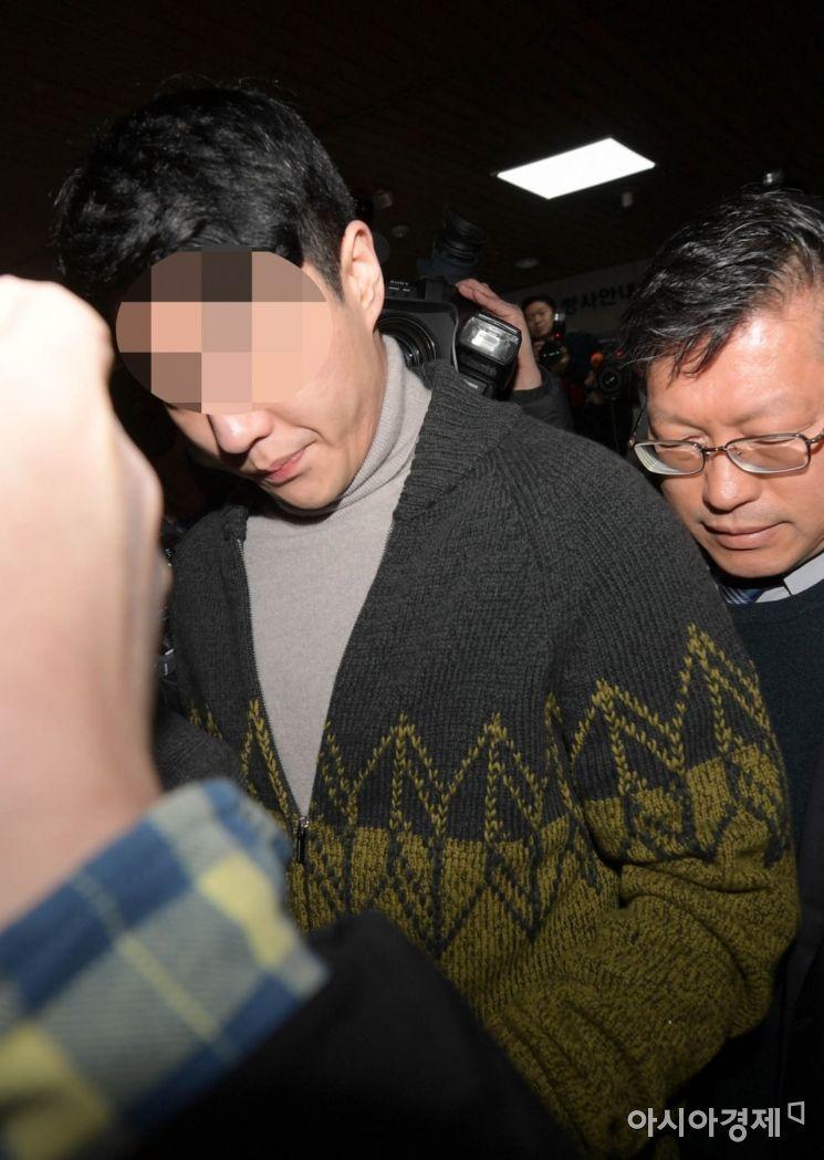[포토]고개 떨군 버닝썬 이문호 대표