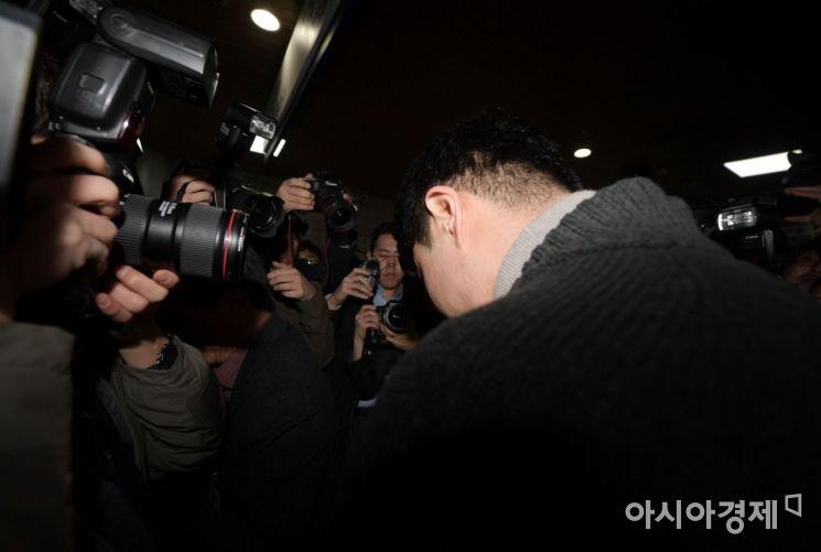[포토]고개 떨군 이문호