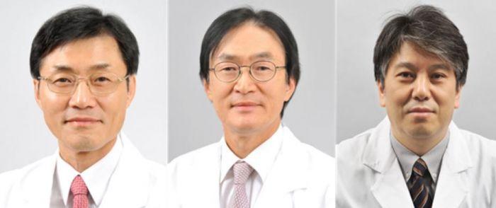 (왼쪽부터)박상윤 전 국립암센터 자궁암센터장, 조관호 전 국립암센터 양성자치료센터장, 정진수 국립암센터 부속병원장
